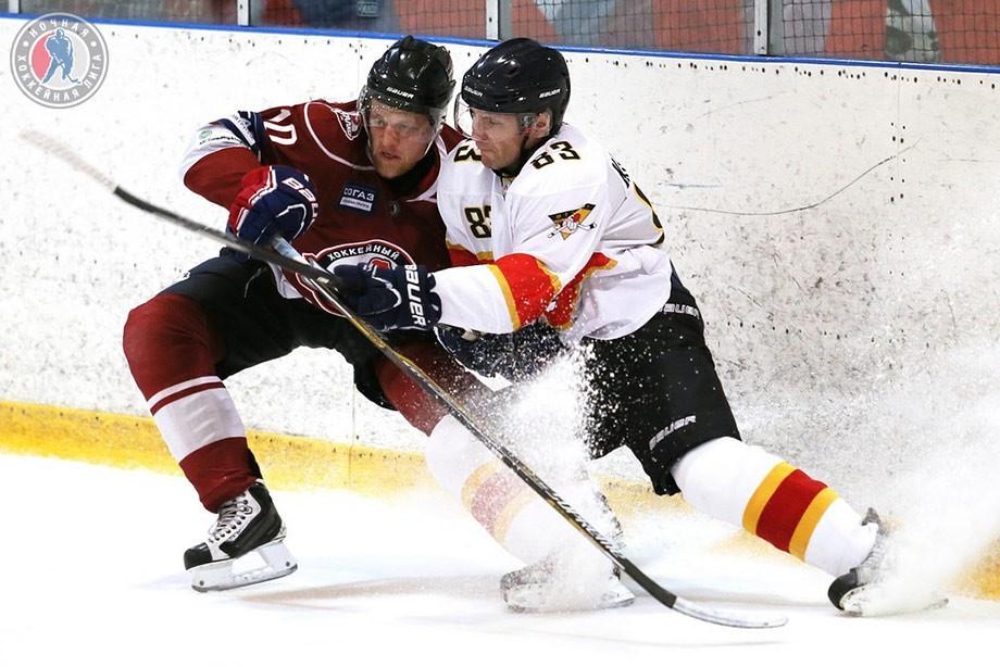 Репортаж с матча Ночной хоккейной лиги «Сталкер» — «Метеор» - Чемпионат